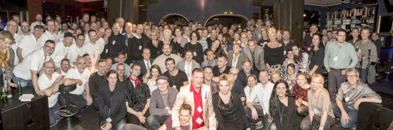 Gruppenfoto Weihnachtsparty Management Wulf Mey 2015